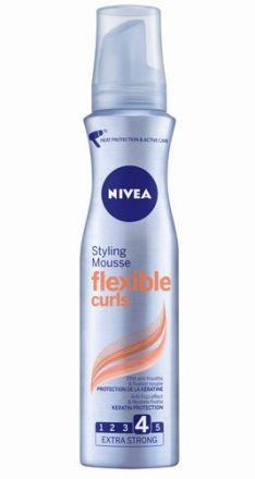 Nivea  Flexible Curls фиксираща пяна за къдрици 150ml